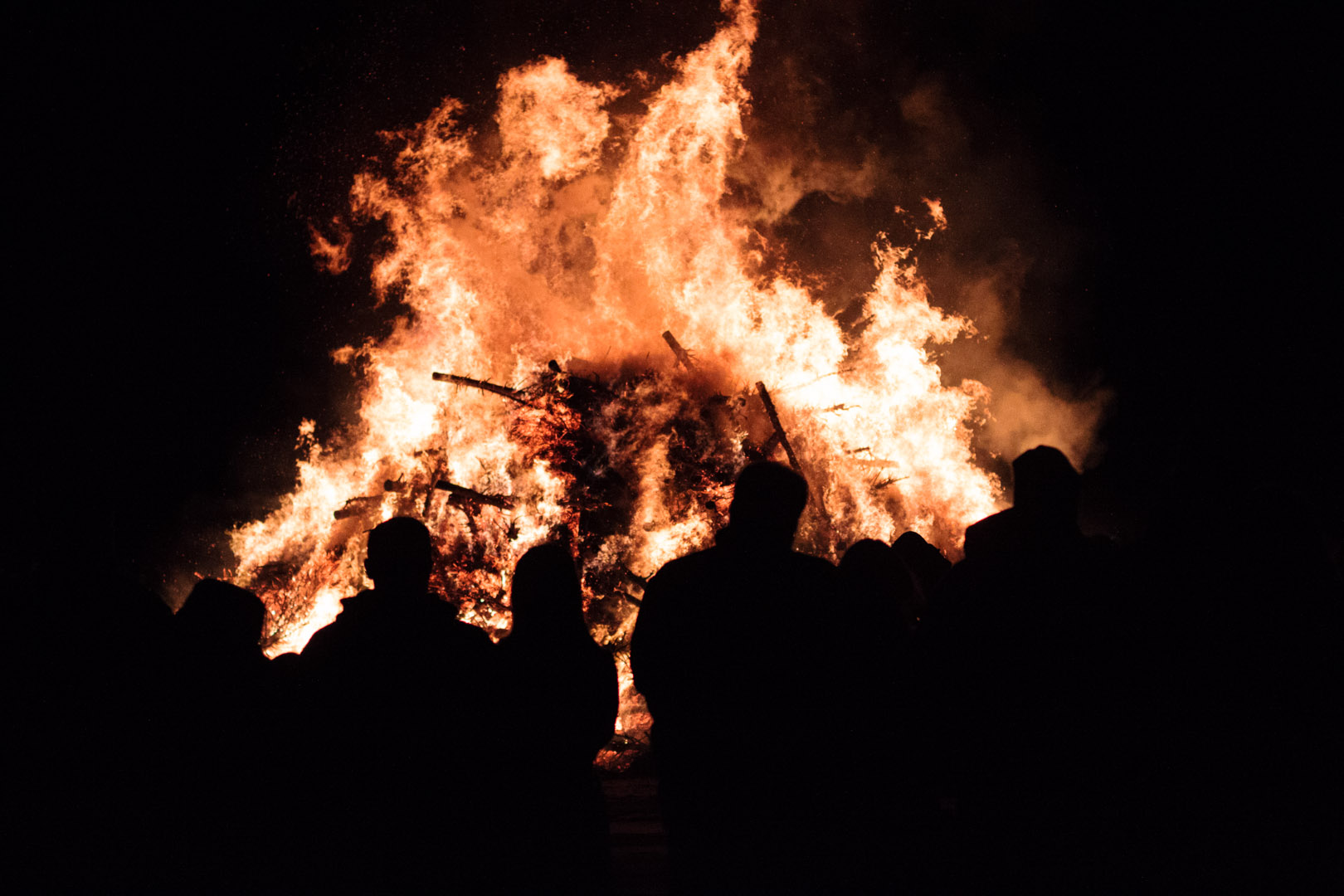 10th Annual Christmas Tree Bonfire, Salem MA | Christina Minniti Photography